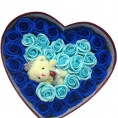 Trái tim 31 bông hồng và gấu